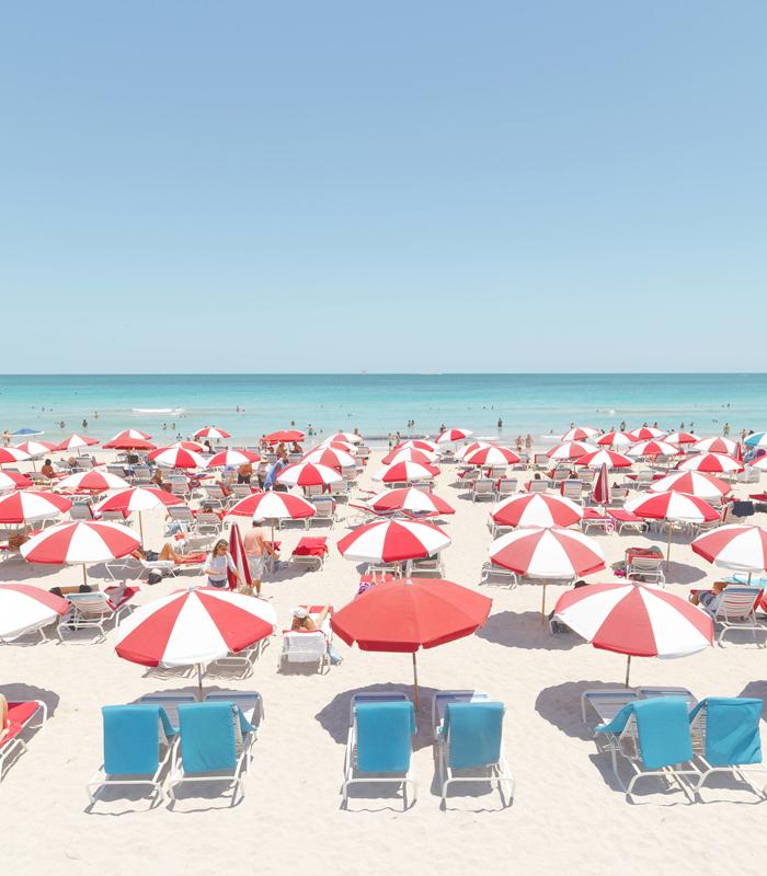 coastal_chic_Red-Umbrellas